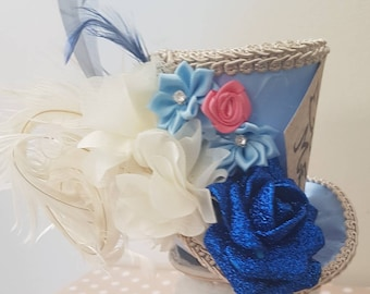 Mad hatter mini top hat blue and cream, eat me, Alice in wonderland, tea party
