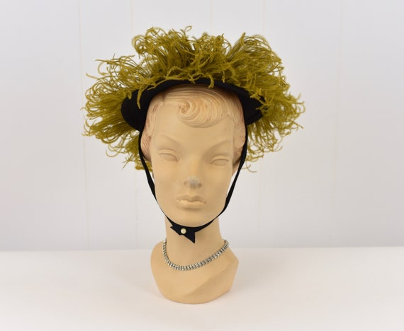 1940's Chartreuse Feathered Hat