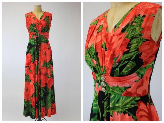 1970s Poppy Print Shelf Bust Maxi Dress