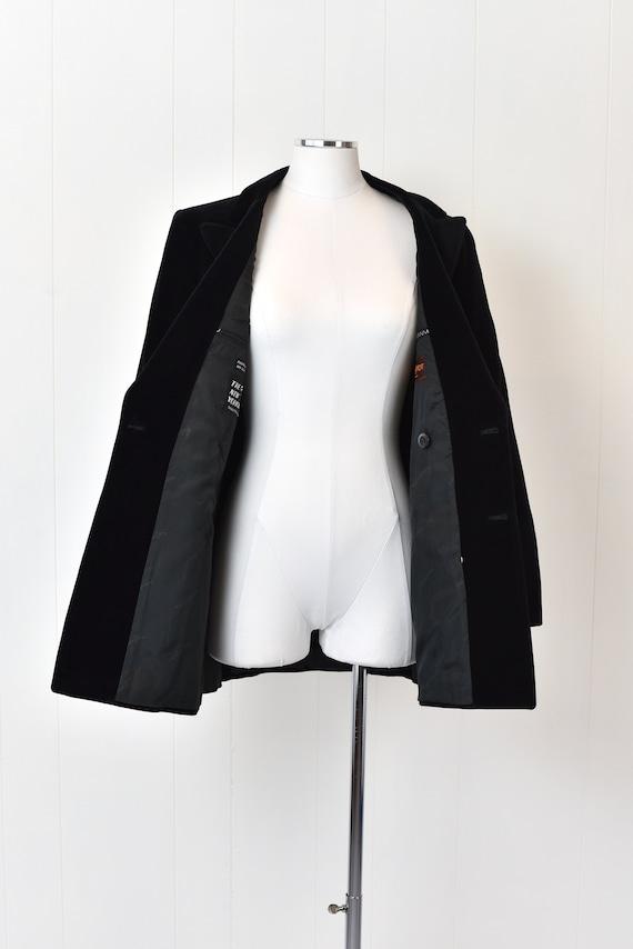 1970s Yves Saint Laurent Black Velvet Jacket - image 6