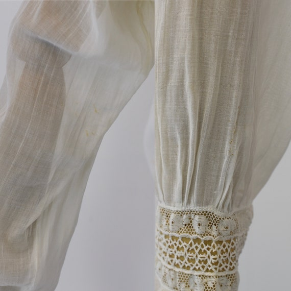 Antique 1900s White Voile Floral Embroidered Blou… - image 7