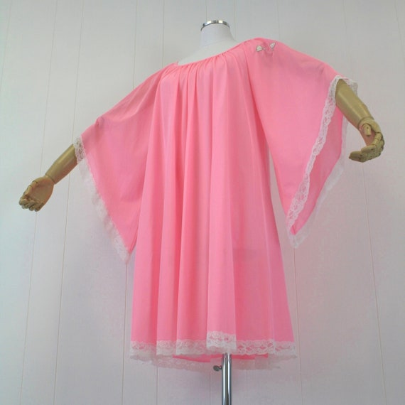 1970s Lucie Ann Pink Angel Wing Sleeve Nightgown … - image 3