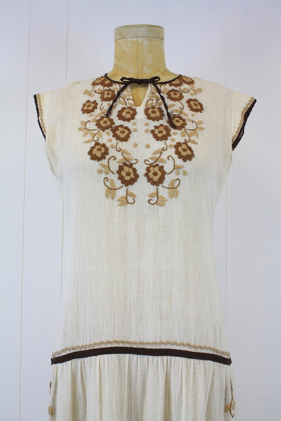 1970s Embroidered Cotton Gauze Peasant Dress - image 5