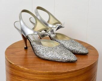 1960s Silver Glitter Metallic Bellecraft Bow Heels