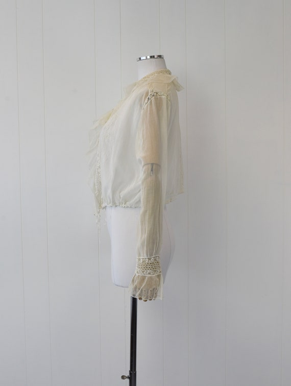 Antique 1900s White Voile Floral Embroidered Blou… - image 5