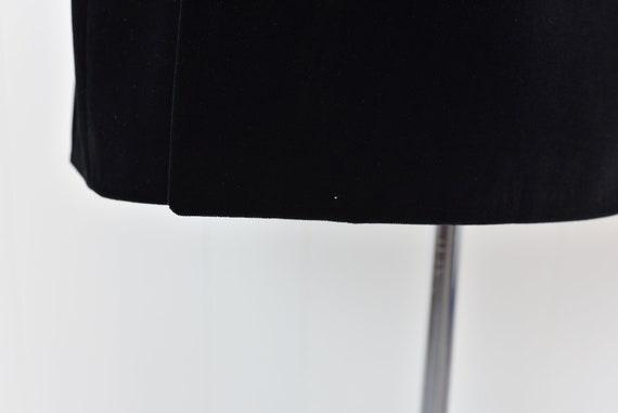 1970s Yves Saint Laurent Black Velvet Jacket - image 10