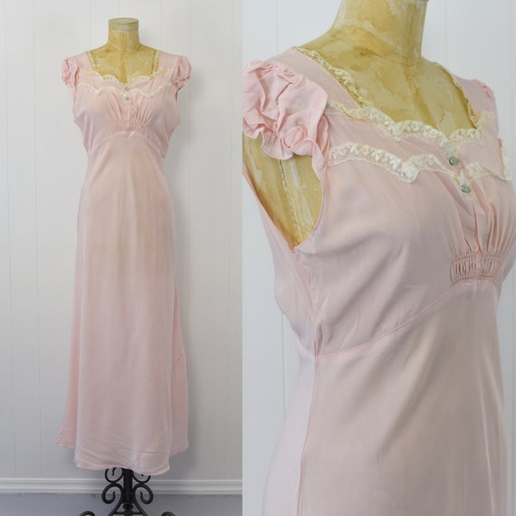1940's Pink Puff Sleeve Nightgown