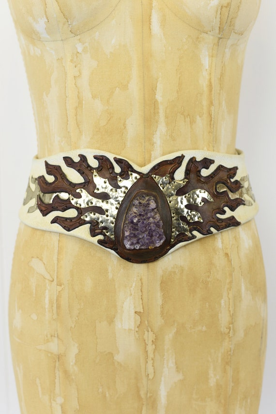1970s White Leather & Stone Statement Belt