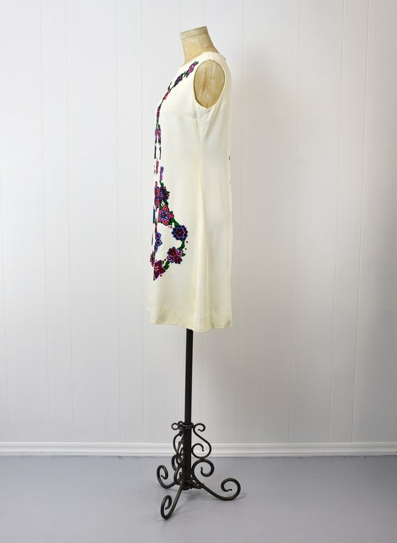 1960s Alfred Shaheen Floral Shift Dress - image 3