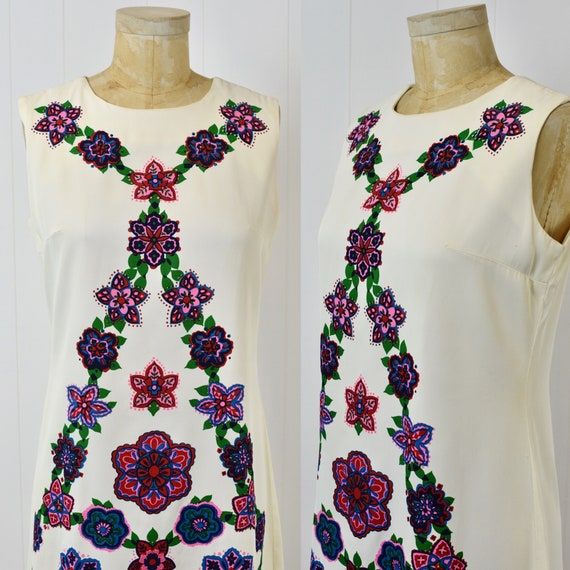 1960s Alfred Shaheen Floral Shift Dress - image 2