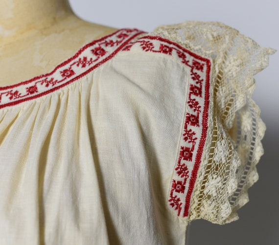 1930s Hungarian Hand Crocheted Blouse - image 6