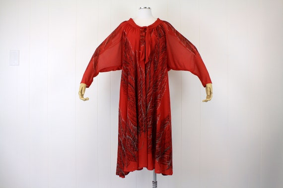1970s Red Feather Print French Dress