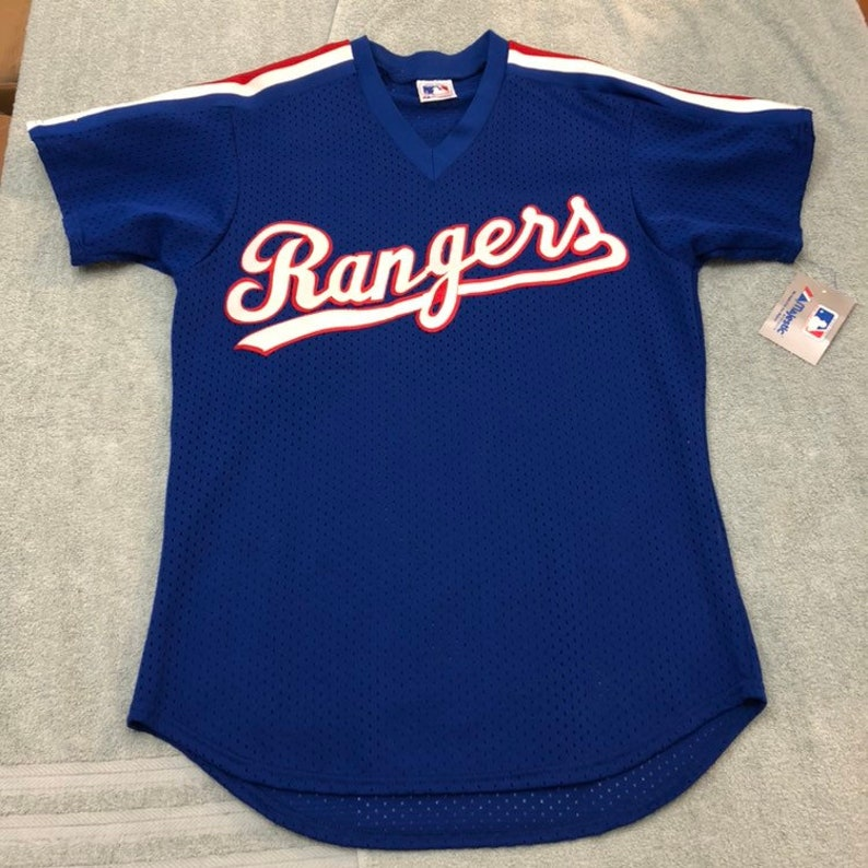 wholesale dealer 9cf9a 3e1a4 vintage deadstock Texas Rangers jersey mesh batting practice 80s jersey  logo OG 90s Nwt DS m/L made in USA majestic Mlb