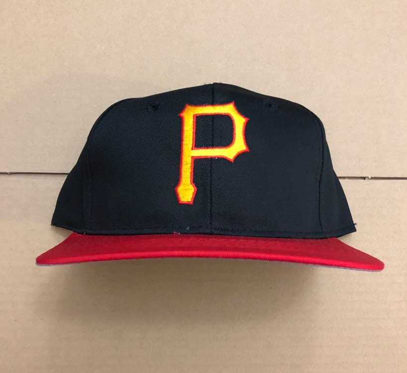 finest selection f9d14 d357c Vintage deadstock pittsburgh pirates snapback hat cap 90s   Etsy