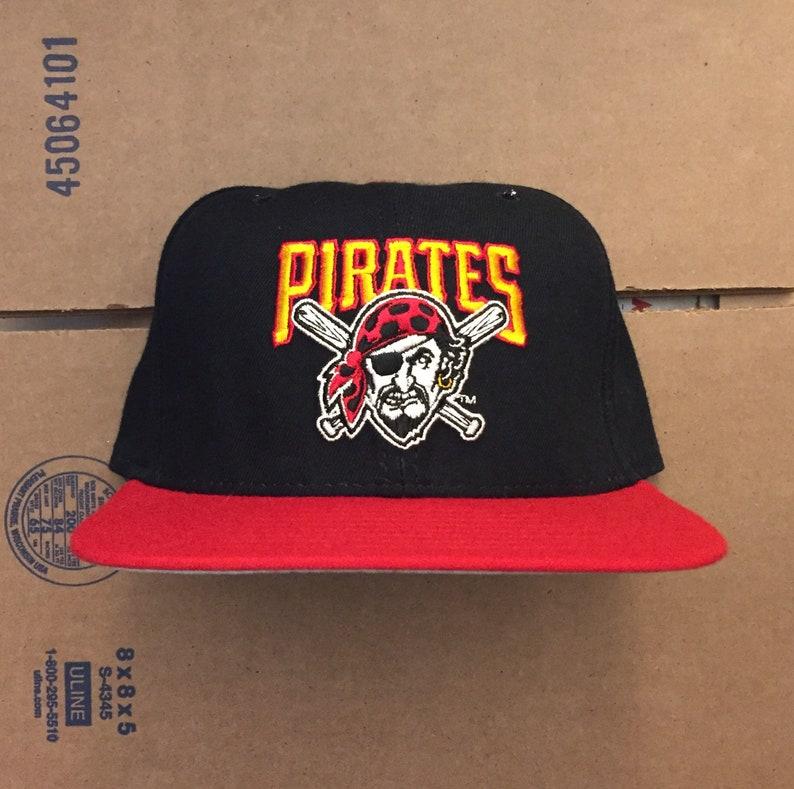 finest selection 05b28 d2c6c Vintage deadstock pittsburgh pirates snapback hat cap 90s   Etsy