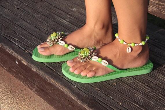 2c850c982 Summer set beaded seashell flip flops with anklet in green