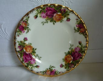 """Royal Albert Old Country Roses China Side Plate 16cms (6 1/4"""")"""