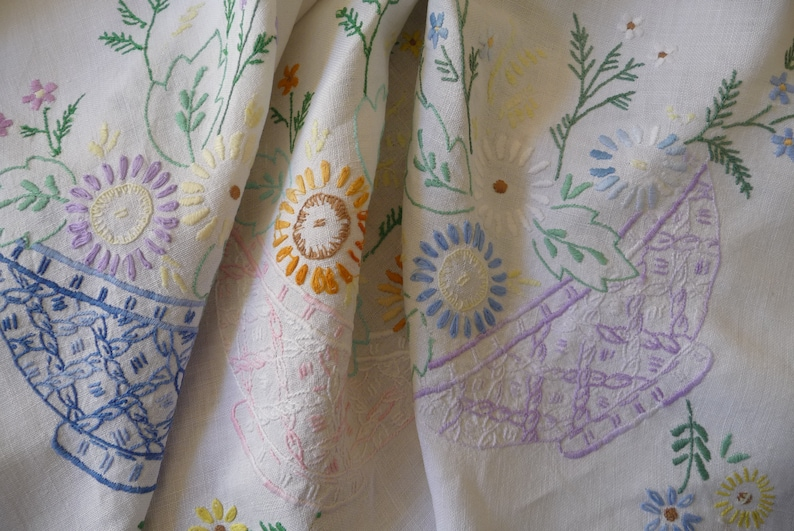 Vintage Hand Embroidered Tablecloth Pastels Daisy Baskets  41  x 42 102.5cms x 105cms