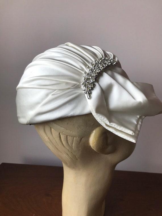 1950s white satin skull cap hat - image 3