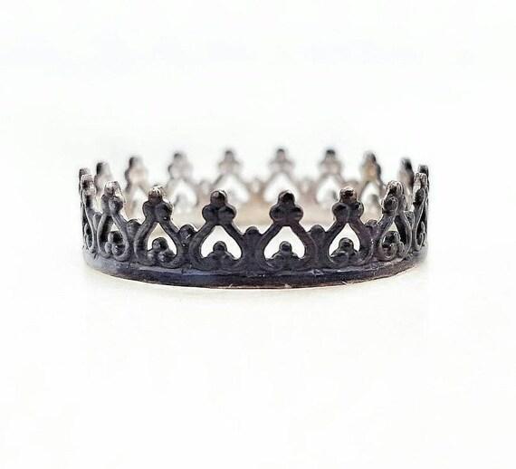 Black Crown Ring