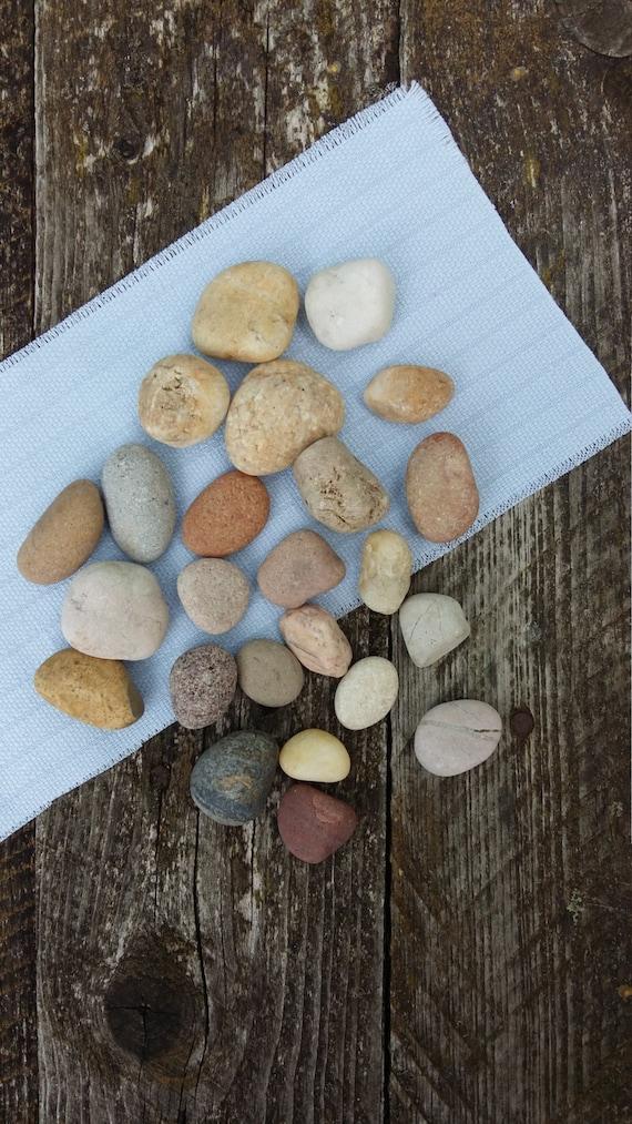 Genuine Natural Beach Stones For Craft