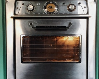 TAPPAN electric vintage wall oven stainless steel with original TAPPAN guide. 1950's appliance retro