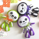 Sweet Skeleton PDF pattern-Halloween Ornament-Felt Halloween Ornament-DIY-Day of the Dead ornament-Instant download-Cute Skeleton-Toy