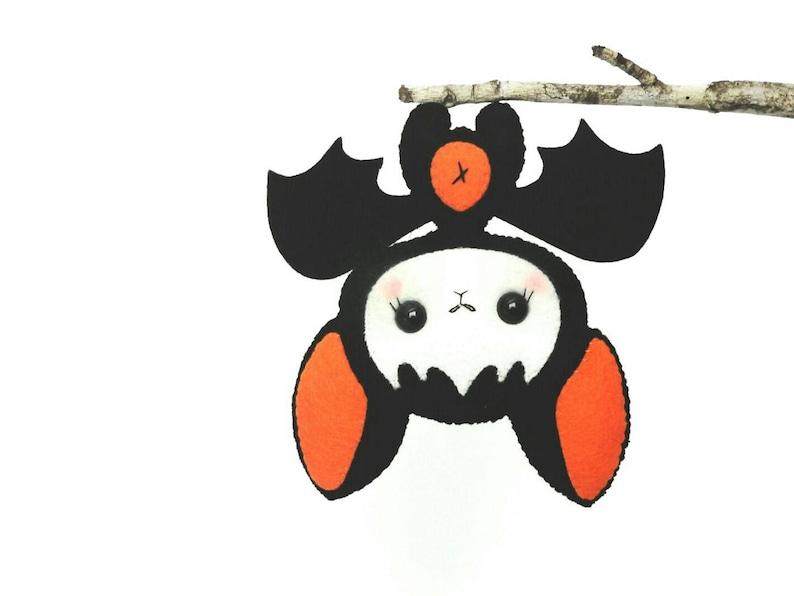 Baby Bat pattern-PDF file-Halloween Ornament-Felt image 0