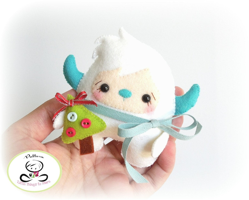 Chubby Yeti Monster-Christmas Ornament-PDF-Sewing image 0