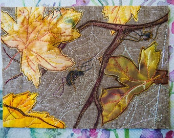 Printed pattern for spiders and autumn leaves raw edge applique tutorial free motion embroidery