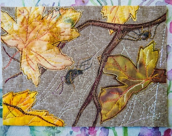 Fabric kit and pattern for spiders and autumn leaves raw edge applique tutorial free motion embroidery