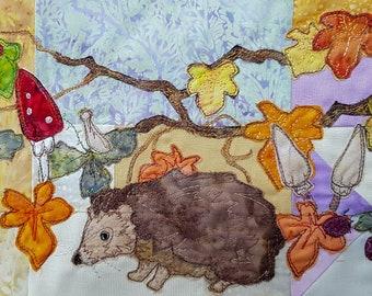 Printed pattern Autumn wreath BOM Month 7 Hedgehog (lower border)