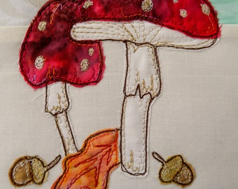 PDF pattern for Rainbow Sherbet Border 4 woodpecker, toadstools and thrush free motion embroidery patchwork