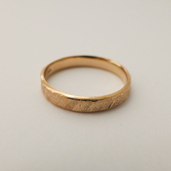 d6f57a2b7eb7b Rose Gold Wedding Band, Rustic Wedding Band for Men and Women, Tree Bark  Solid Gold Ring , 14K / 18K Gold Simple Light Raw Wedding Band