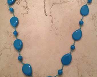 Vintage Turquoise Lucite Necklace Costume Jewelry