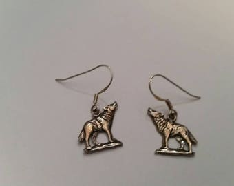 Sterling Silver Wolf Earrings Southwestern