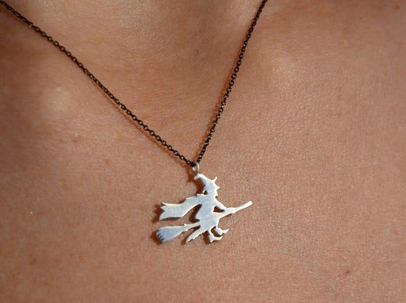 Moon Crescent Necklace for Women Girls Vintage Luminous Pumpkin Lantern Bead Statement Chain Necklace Halloween Jewelry Gift
