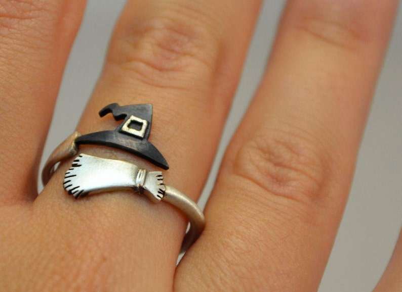 Ring Wizard Witche's Broom and Hat Ring Sterling Silver image 0