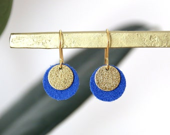CANDICE LOOPS electric blue suede leather and gold brass, gold-plated 18K