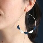 JANE HOOP EARRINGS. leather dark blue, Platinum plated 18K Gold