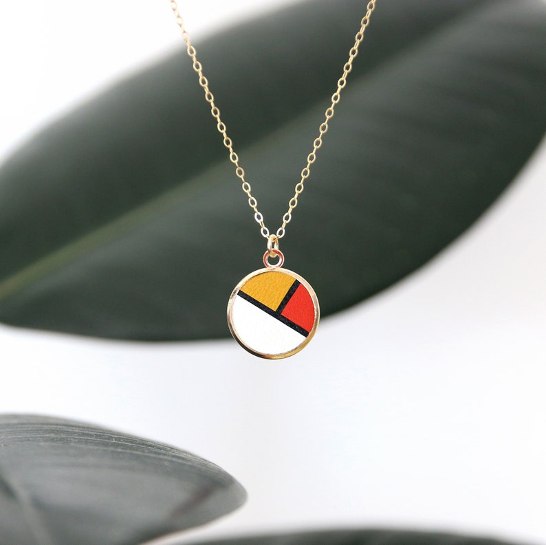COLLIER GINNY sixties leather colorblock medal pendant 14K image 0