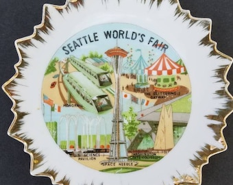 Seattle World's Fair souvenir plate featuring the Space Needle, monorail, Washington State Coliseum, Glittering Gayway 1962 unique wall art
