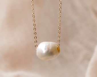 Baroque Pearl Necklace Peacock Pearl Pearl Pendant Necklace Freshwater Pearl Natural Pearl Dainty Pearl Necklace June Birthstone
