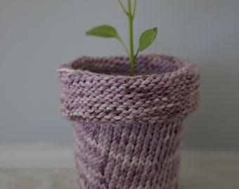 100% Cotton Knitted Planter - Blackberry Dye
