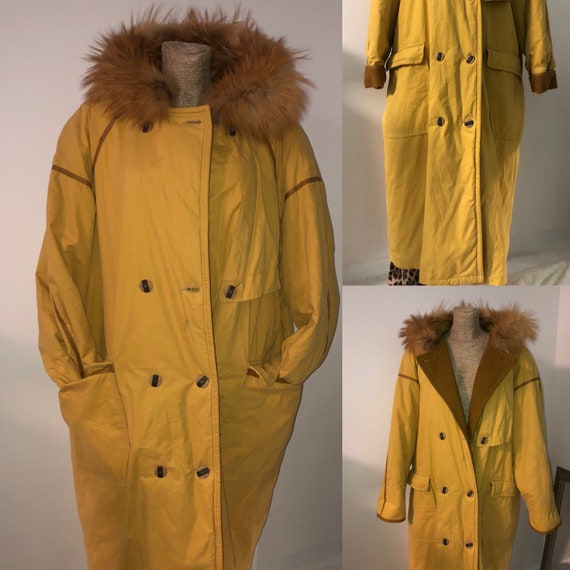 Vintage quilted coat with fox fur hood / vintage q