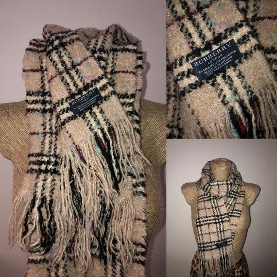 Burberry nova check boucle scarf