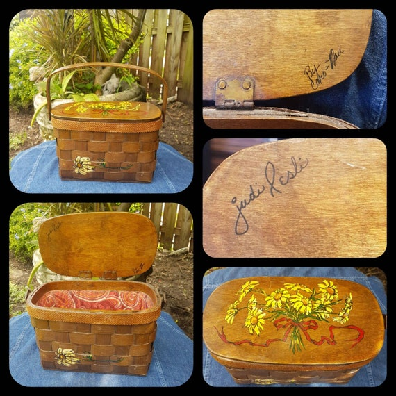 Vintage wood Purse ,Wooden basket, Folk Art purse,