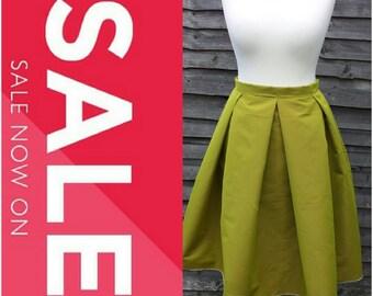 The LILY Box Pleat Midi Skirt