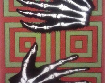Capuchin Paw, Human Hand