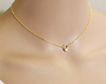 CATCH A FALLING Star Gold Necklace, 14k Gold Fill, Dainty Gold Tiny Gold Star Necklace